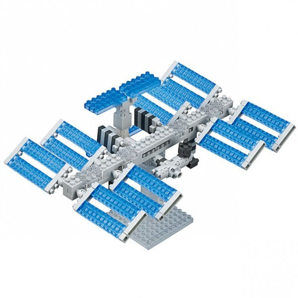 Space Station (Nanoblock NBH-129)